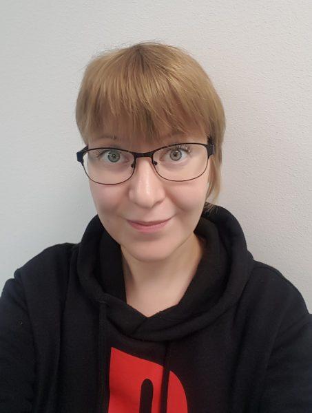 Nuorisonohjaaja Henna-Riina Heikura