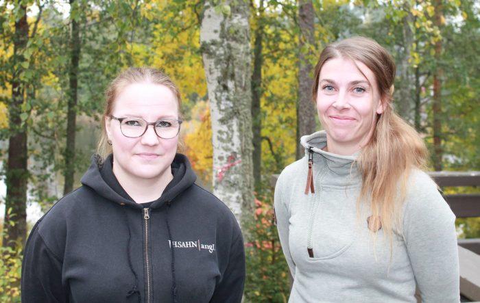 Etsivät nuorisotyöntekijät Merja ja Katja